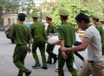 Xử vụ bầu Kiên: Bị án Trần Ngọc Thanh choáng ngất tại tòa