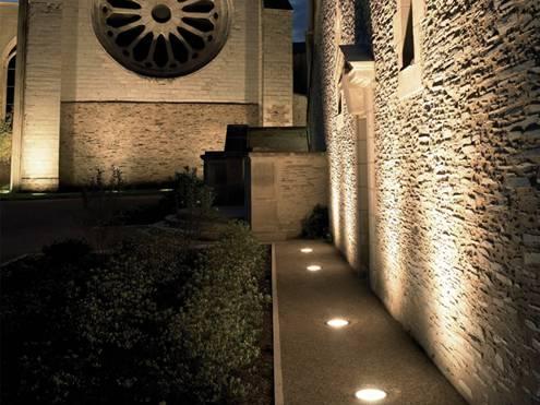142939baoxaydung image002 Thiết kế và trang trí nội thất tuyệt vời với hệ thống chiếu sáng đa dạng