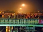 Choáng với tốc độ xây cầu ở Bắc Kinh chỉ trong 36 giờ