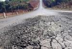 Ðường tiền tỷ vừa khánh thành đã hỏng: Lại đổ do…mưa