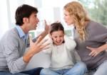Cha mẹ cãi nhau ảnh hưởng như thế nào đến sự phát triển của trẻ?