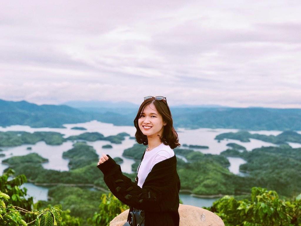 Hồ Tà Đùng hút giới trẻ check-in ở Tây Nguyên