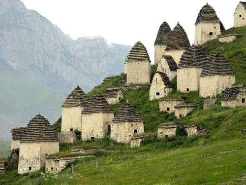 Ngôi làng 'đi dễ khó về'
