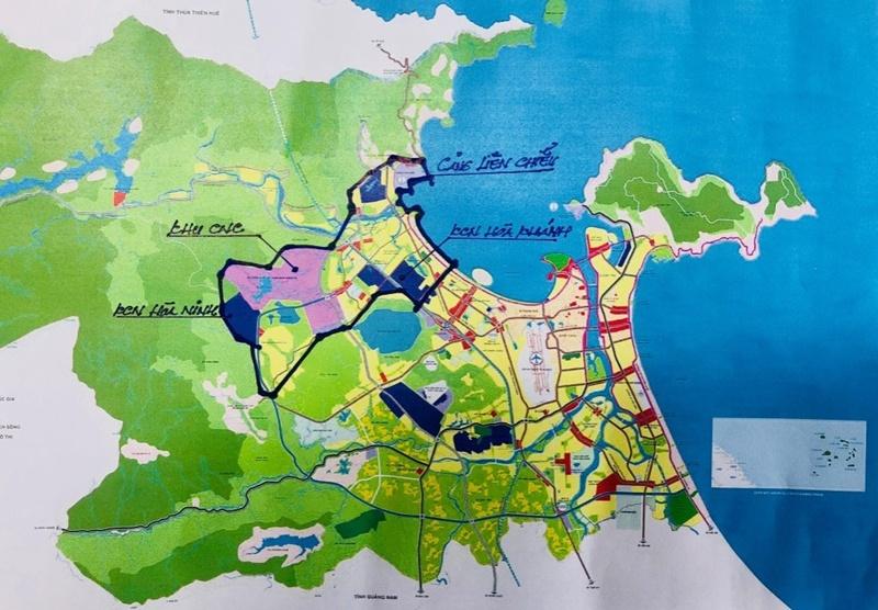 Vì sao nên đầu tư cảng Liên Chiểu mà không nên mở rộng cảng Tiên Sa