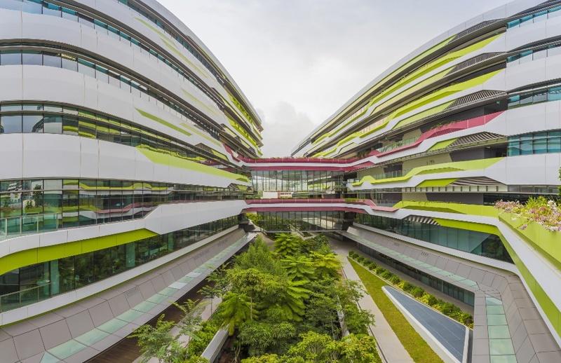 AkzoNobel cam kết đầu tư bền vững, hướng đến một thế giới sạch hơn, trong lành hơn