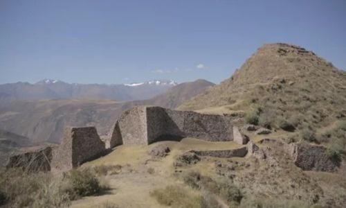 Thành phố Inca cổ đại trên núi cao 4.000 m