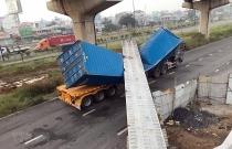 tphcm xe container keo sap dam betong cau bo hanh dang thi cong