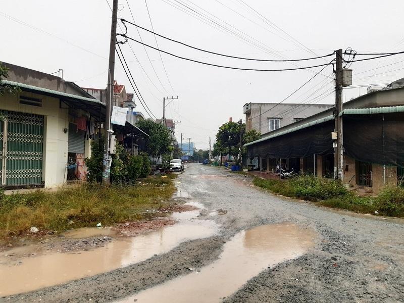 """Bình Dương: Khốn khổ khi phải xây nhà """"chui"""""""