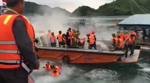 Quảng Ninh: UBND huyện Vân Đồn thông tin chính thức về vụ cưỡng chế thu hồi mặt nước quân cảng Vạn Hoa