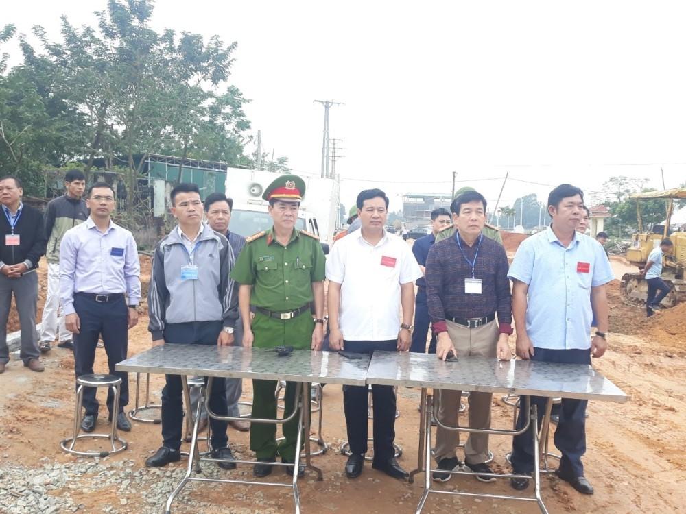 Tam Đảo (Vĩnh Phúc): Cưỡng chế thu hồi đất Dự án đường nối từ điểm giao đường Hợp Châu – Đồng Tĩnh với ĐT.302 đi Tây Thiên