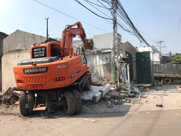 Vĩnh Tường (Vĩnh Phúc): Tháo dỡ công trình xây dựng trái phép ở xã Đại Đồng diễn ra an toàn