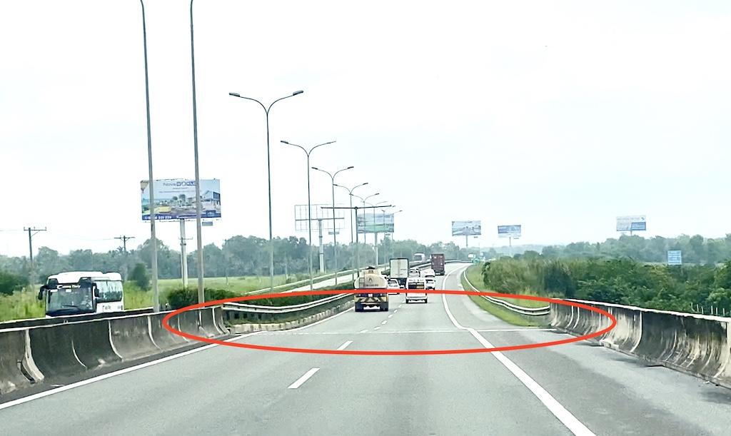 Cao tốc Thành phố Hồ Chí Minh – Long Thành – Dầu Giây có dấu hiệu xuống cấp và ùn tắc nghiêm trọng