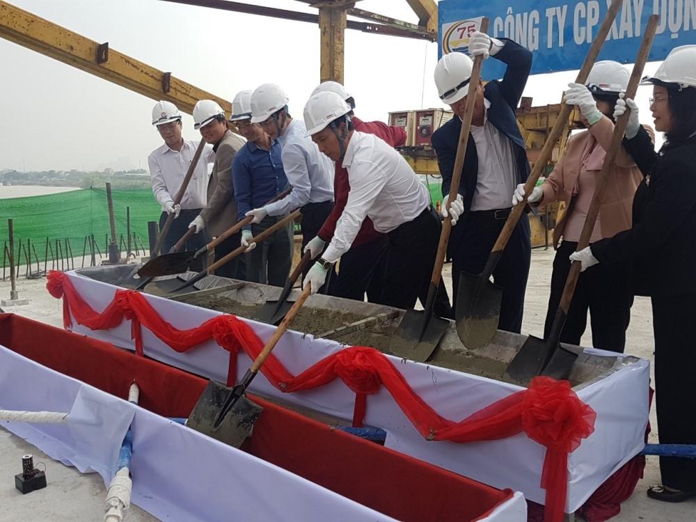 Quảng Ninh: Hợp long cầu Triều