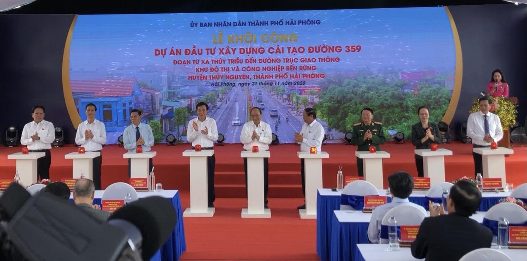 Thủ tướng Chính phủ bấm nút khởi công Dự án Đầu tư xây dựng cải tạo đường 359 tại Hải Phòng