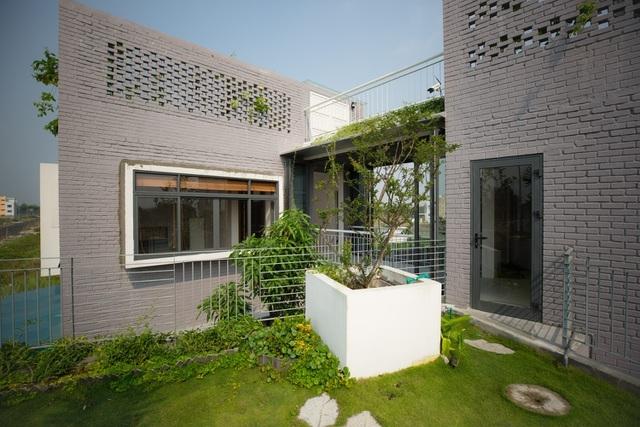 Ngôi nhà có 6 khoảng sân vườn, đẹp như