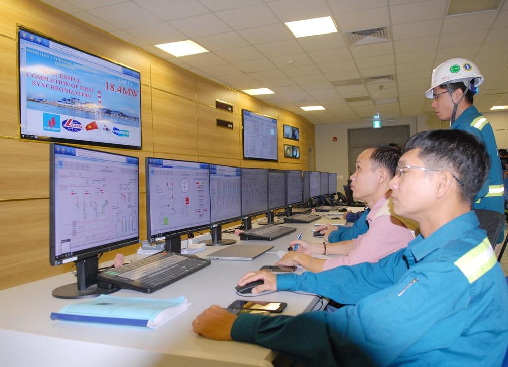 Lễ hoà đồng bộ lưới điện lần đầu - Tổ máy số 1 Dự án Nhà máy nhiệt điện Sông Hậu 1