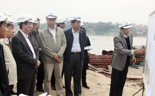 Hoàn thành thi công cầu Đông Trù trước 10/10/2014