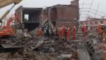 Sập nhà đang thi công, 14 người thương vong