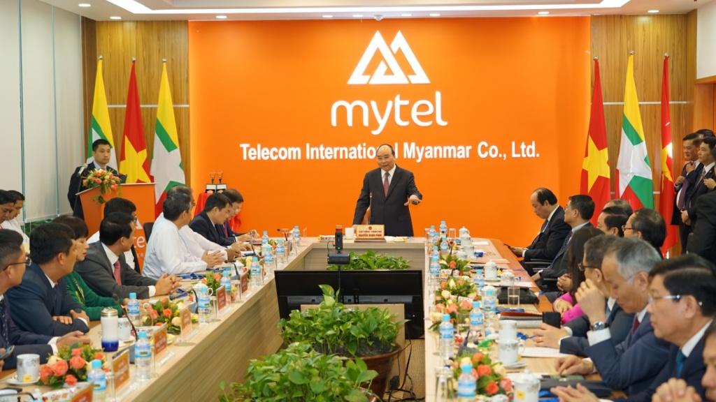 Thủ tướng Nguyễn Xuân Phúc: Thông qua Viettel, Việt Nam mang đến công nghệ tiên tiến nhất đóng góp cho Myanmar