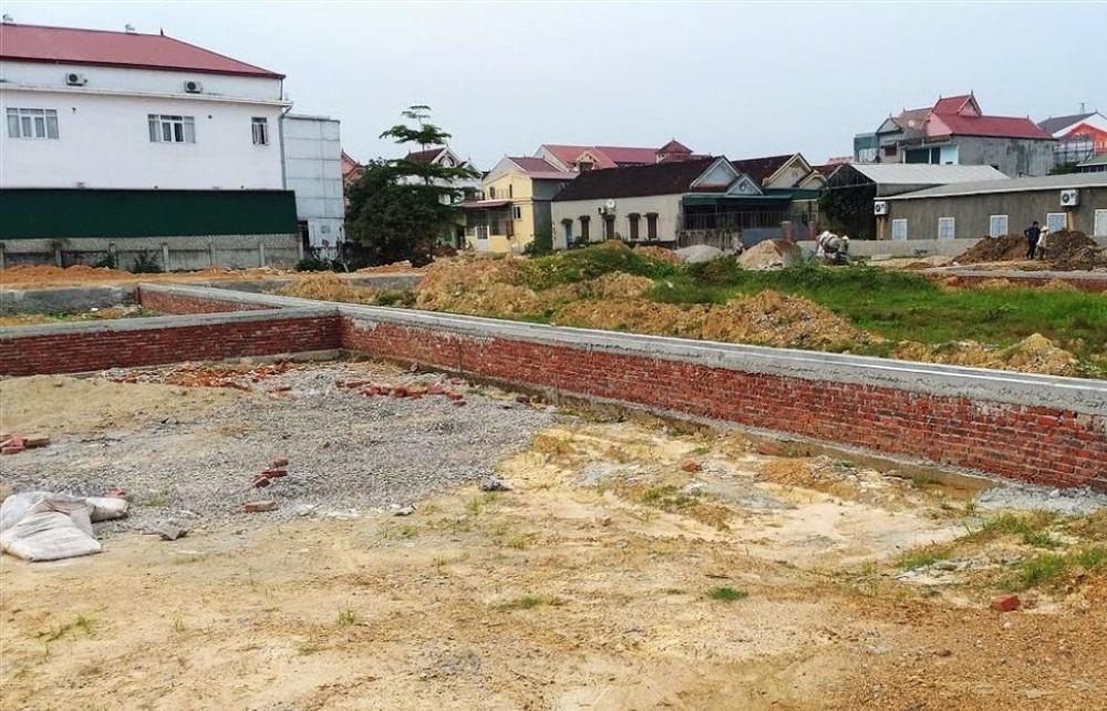 Nghệ An: Nhiều dự án chưa hoàn tất hạ tầng đã phân lô bán nền