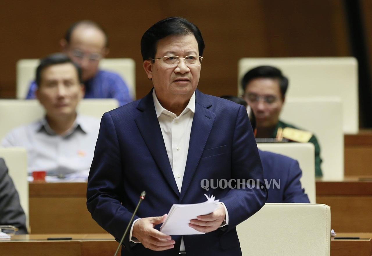 Trả lời chất vấn của Đại biểu Quốc hội về việc xây dựng đường cao tốc cho Đồng bằng sông Cửu Long