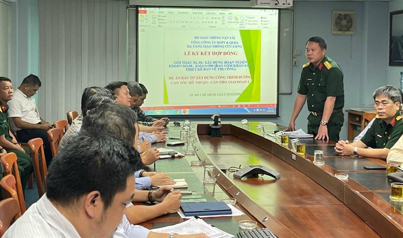 Hai nhà thầu lớn thi công dự án đường cao tốc Mỹ Thuận - Cần Thơ