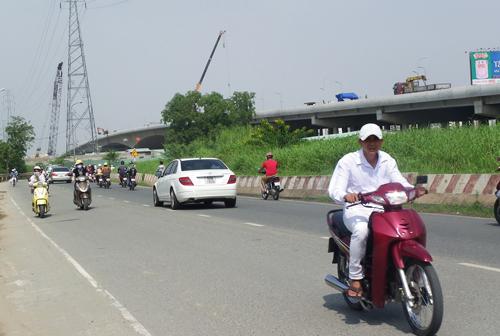 Cầu Sài Gòn 2 - Hối hả ngày về đích