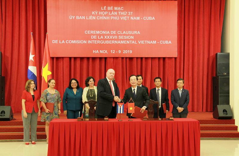 Bế mạc kỳ họp lần thứ 37 của Ủy ban Liên Chính phủ Việt Nam – Cuba