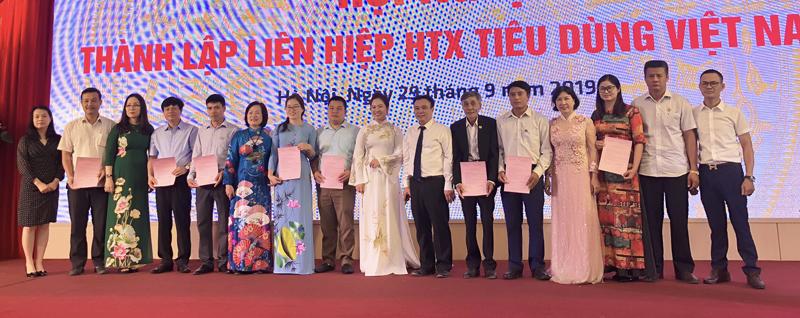 Ra mắt Liên hiệp HTX Tiêu dùng Việt Nam
