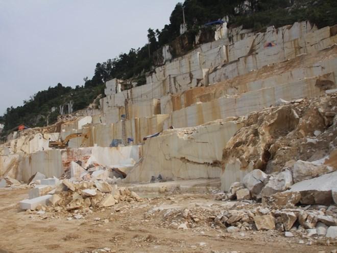 Phê duyệt kế hoạch đấu giá quyền khai thác khoáng sản