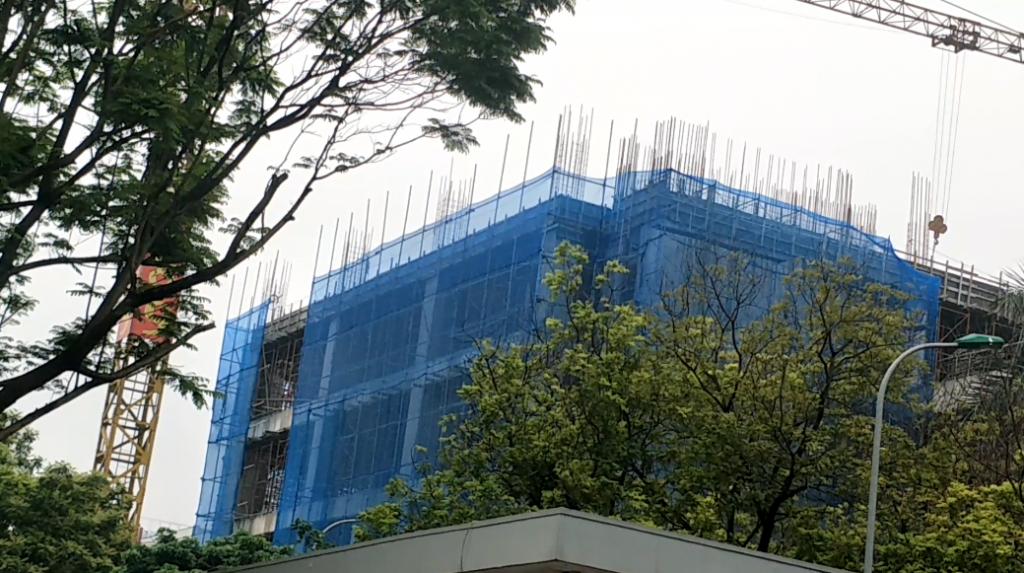 Hà Nội: Nhiều công trình mong được trở lại thi công