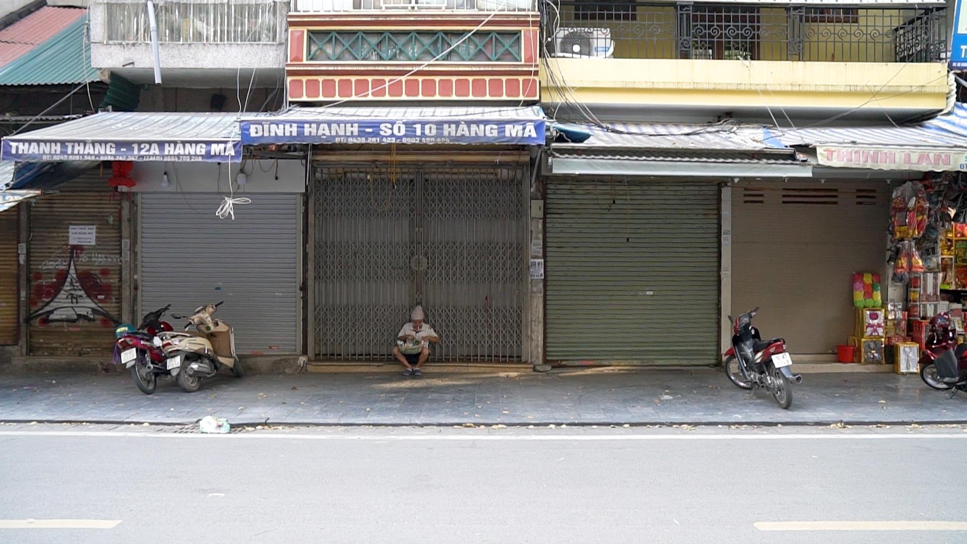 Nhiều cửa hàng tại phố cổ sang nhượng, dừng kinh doanh