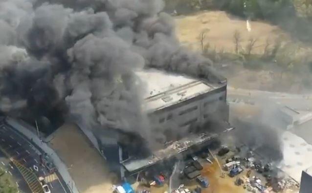 Cháy lớn tại công trường xây dựng khiến hàng chục người chết