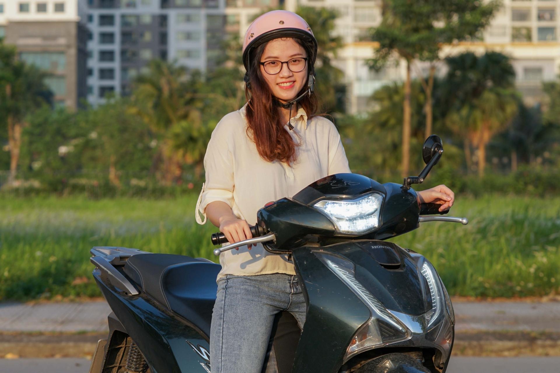 Chuyên gia, người dân nói gì về đề xuất bật đèn xe máy ban ngày?