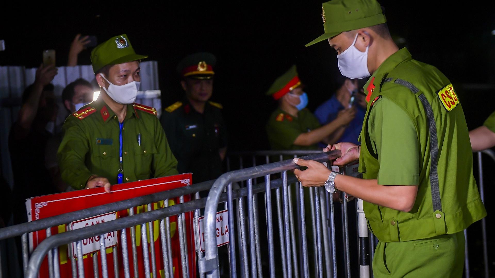 Dỡ cách ly ổ dịch Covid-19 cuối cùng ở Hà Nội