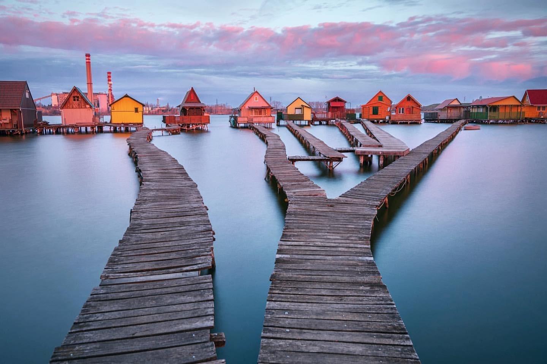 Ngôi làng nổi trên mặt nước không bao giờ đóng băng