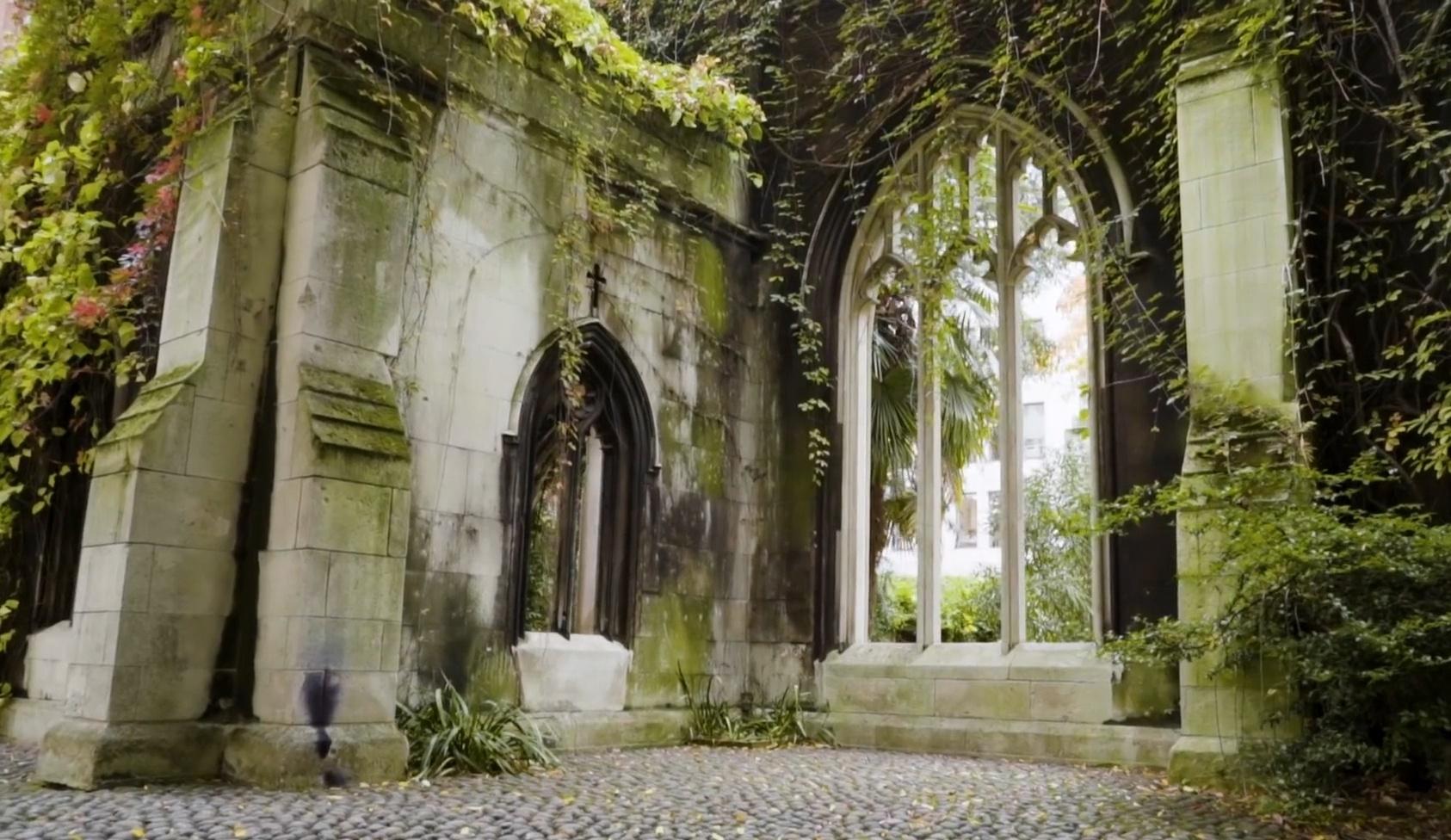 Khu vườn bí mật hơn 900 năm tuổi nằm giữa trung tâm London