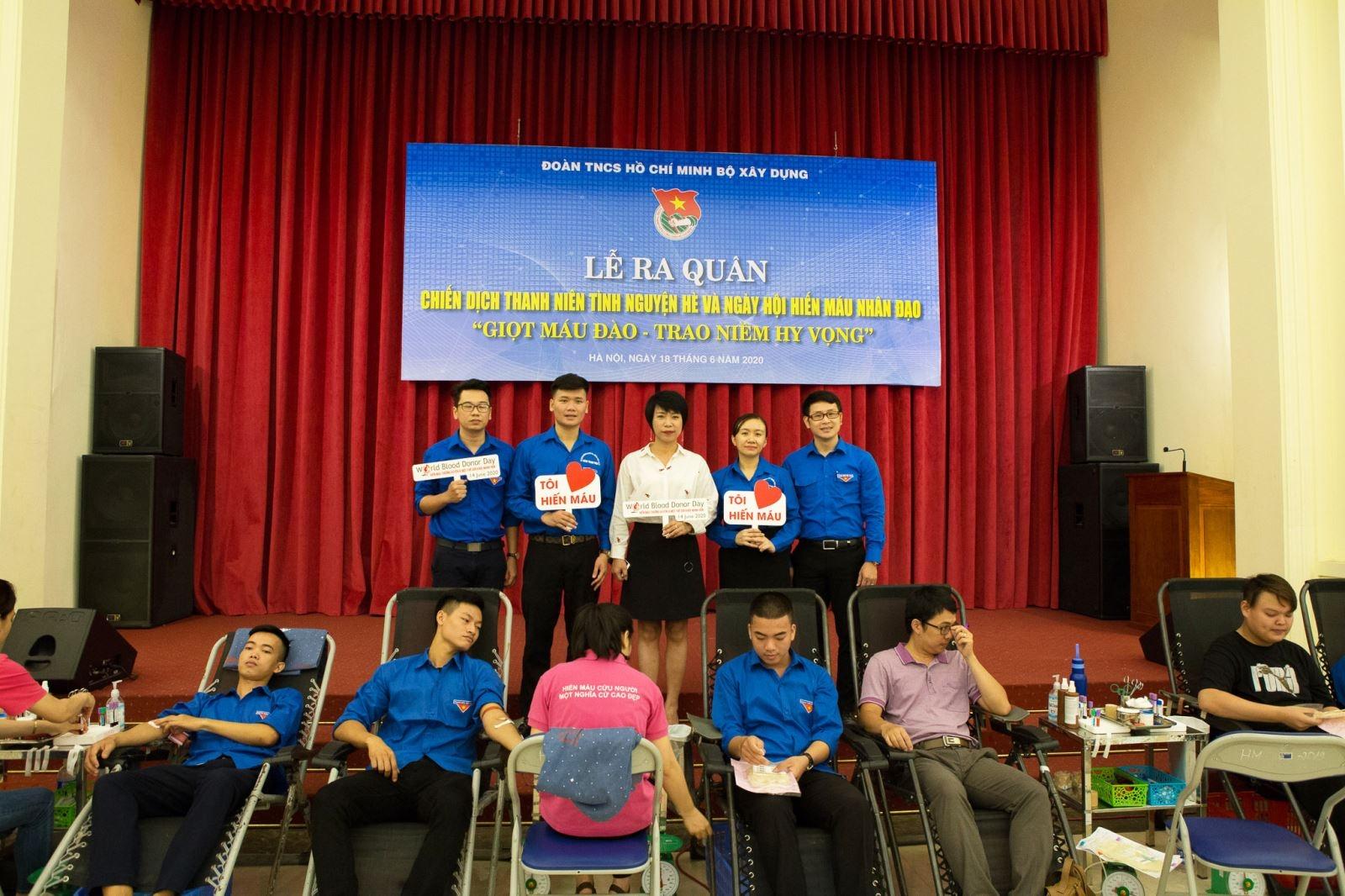 Đoàn Thanh niên Bộ Xây dựng ra quân Chiến dịch Thanh niên tình nguyện hè 2020 và Ngày hội Hiến máu nhân đạo