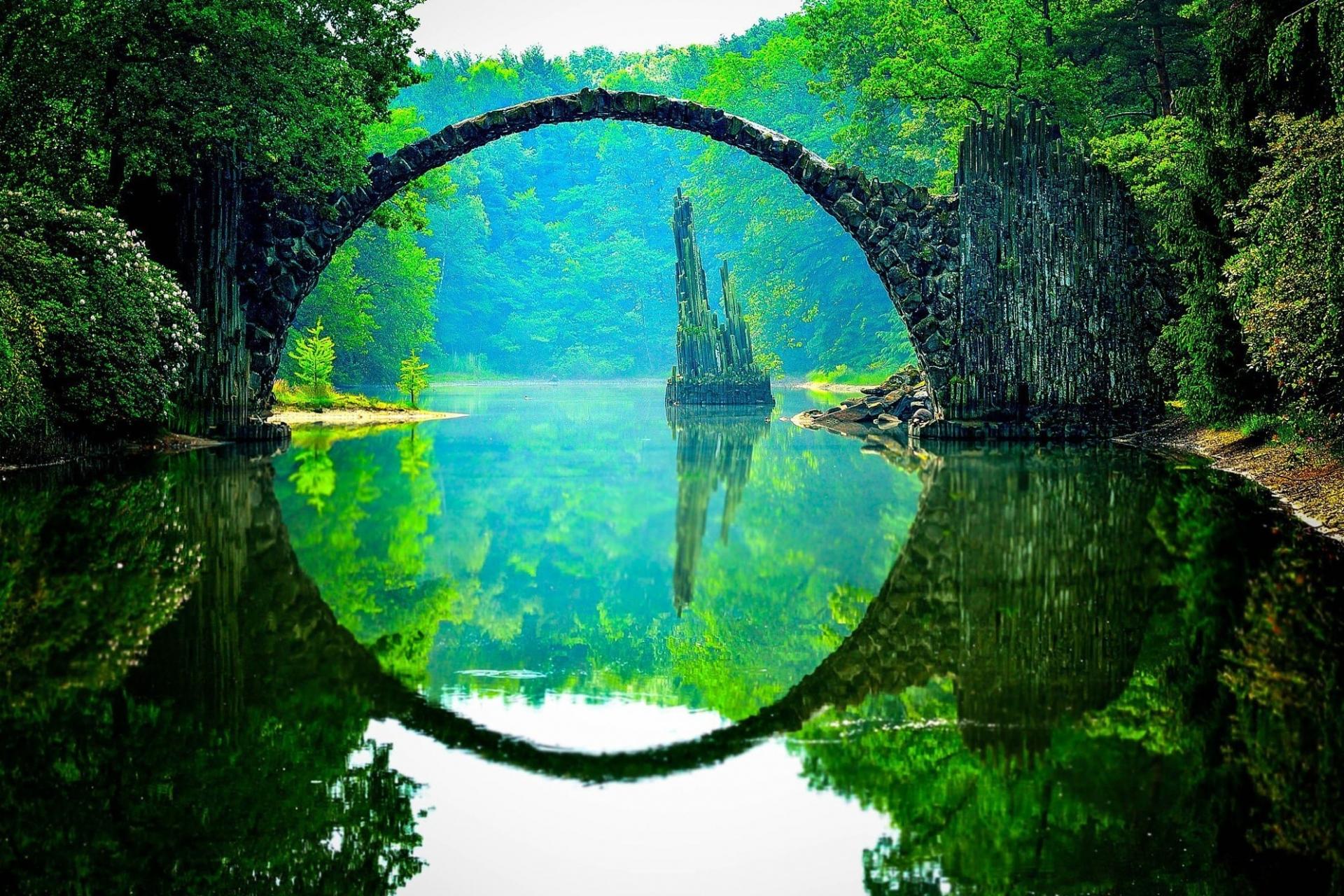 Cây cầu được mệnh danh đẹp nhất thế giới