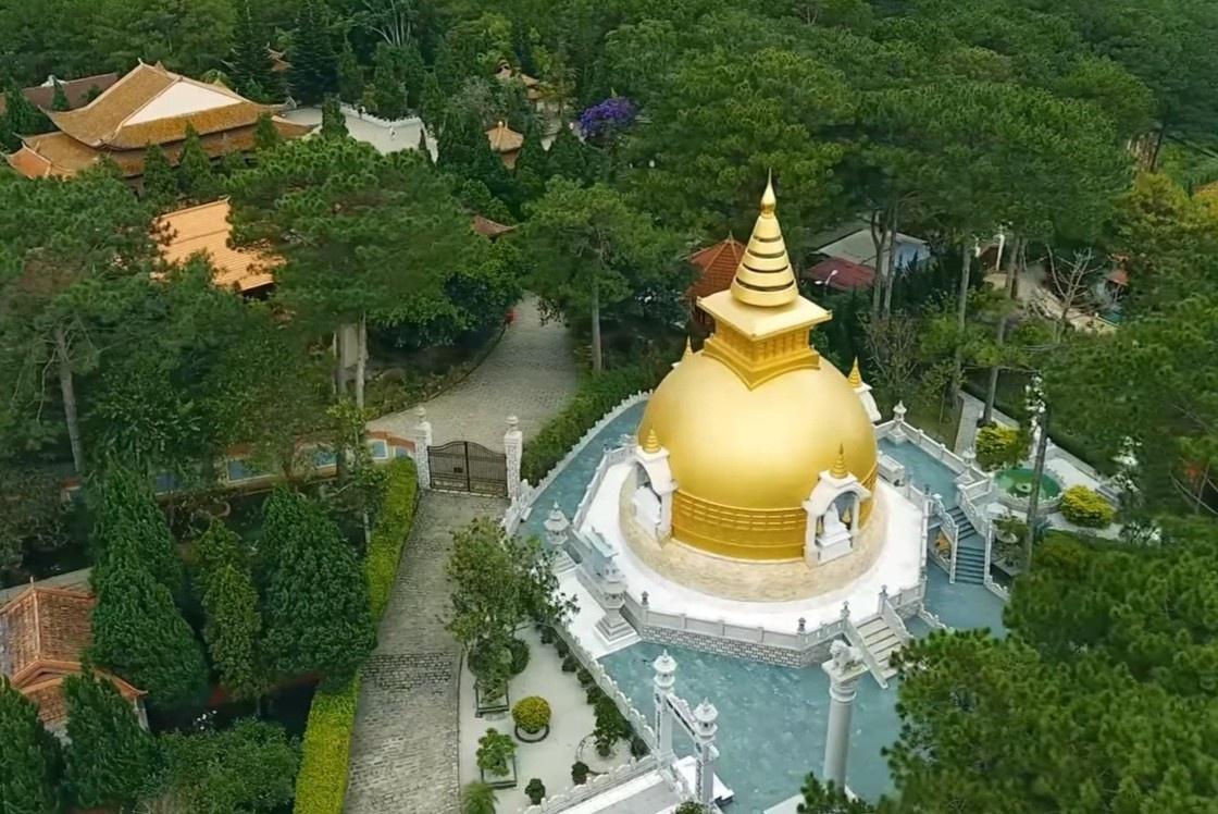 Thiền viện Trúc Lâm yên bình như chốn tiên cảnh ở Đà Lạt