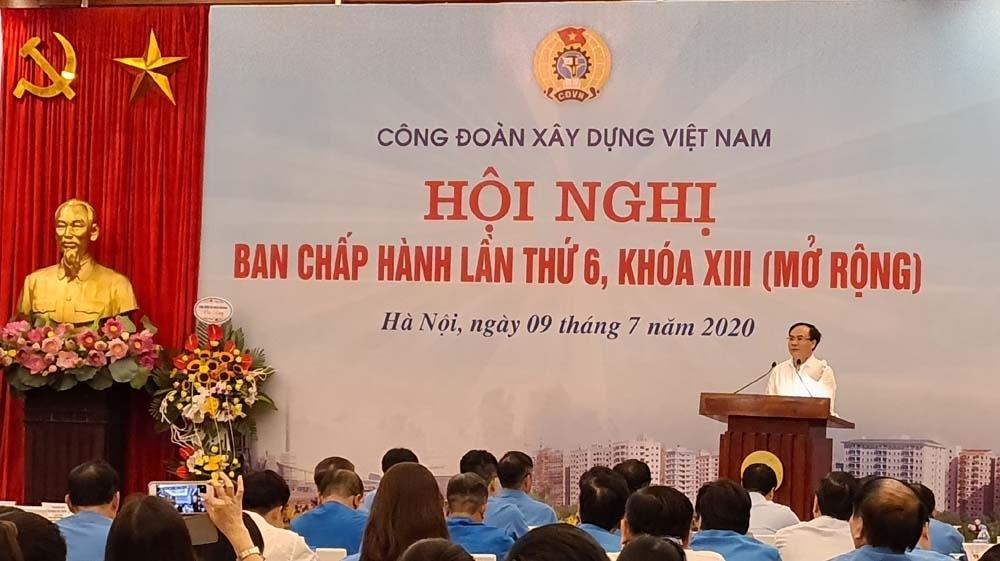 Công đoàn Xây dựng Việt Nam: Tích cực thăm hỏi, trợ cấp đoàn viên công đoàn bị ảnh hưởng do dịch Covid-19