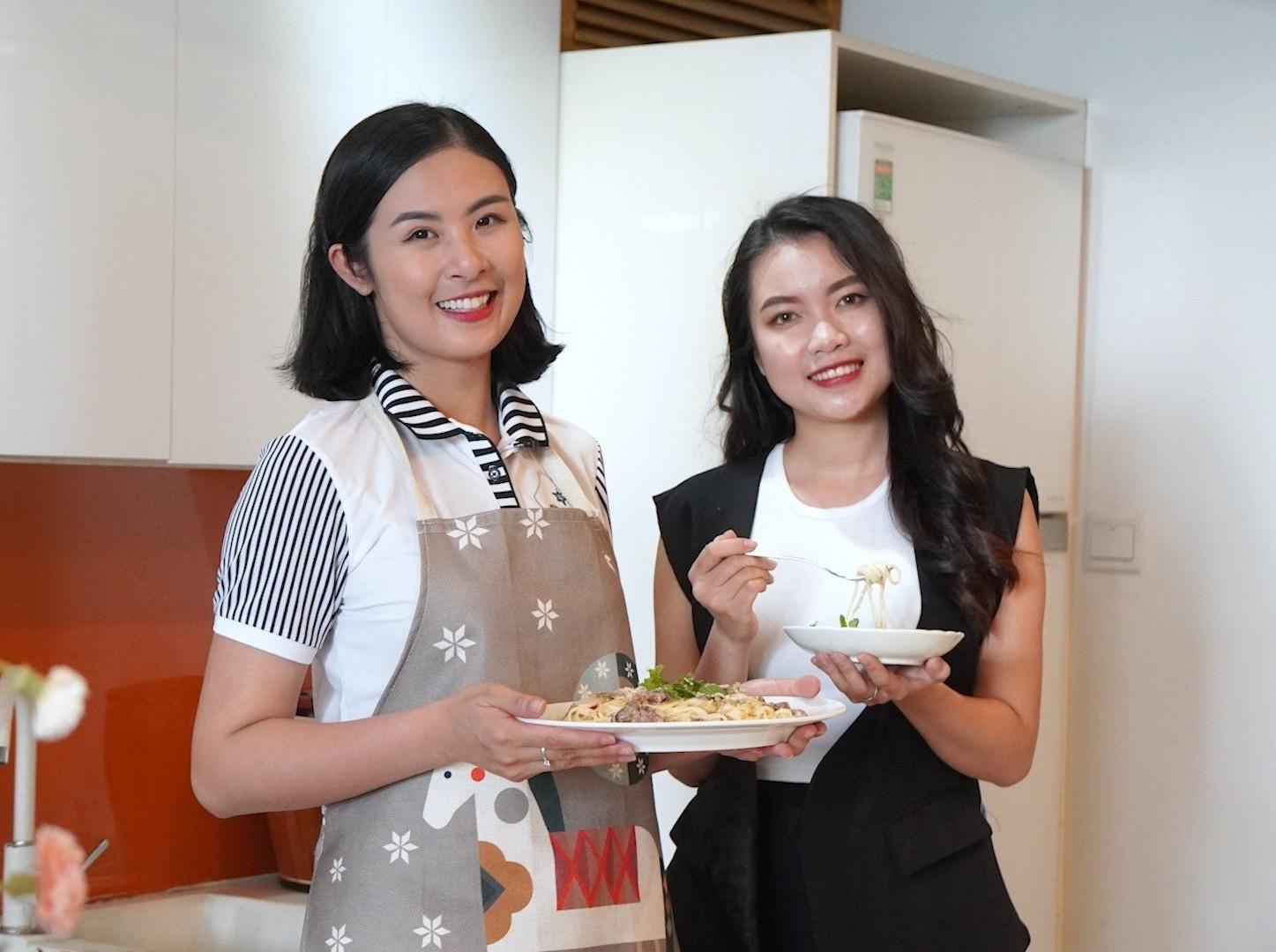 Bếp nhà phong cách truyền thống của hoa hậu Ngọc Hân