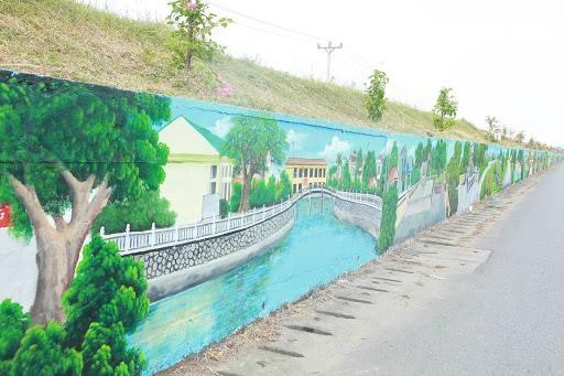 Cận cảnh con đường bích họa dài nhất thủ đô Hà Nội