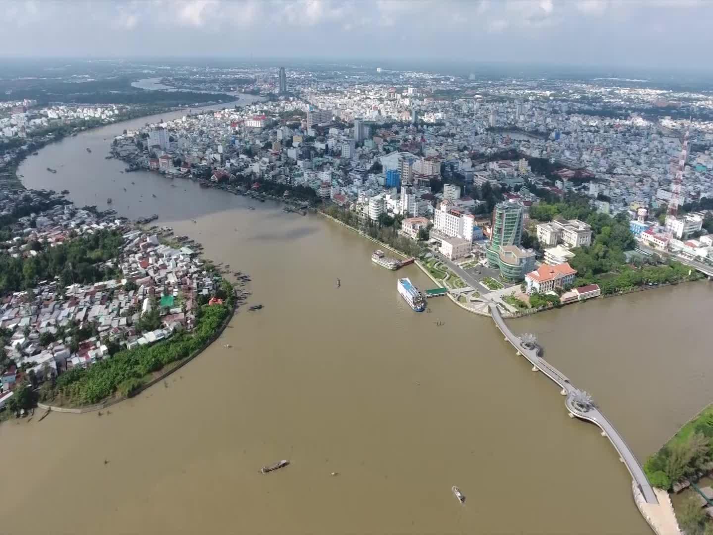 Thành phố Cần Thơ – 15 năm xây dựng và phát triển