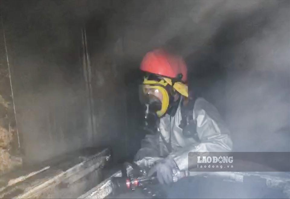 Hà Nội: Cháy lớn nhà dân trên đường Phan Bá Vành
