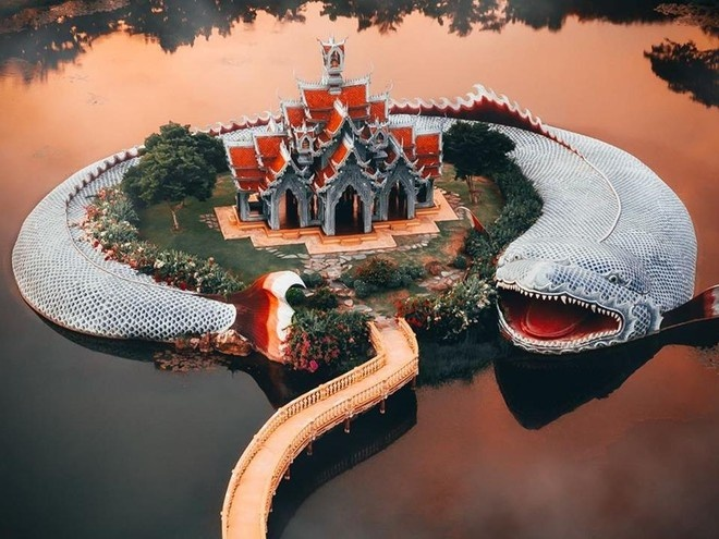 3 đền, chùa có kiến trúc quái dị nhất Thái Lan