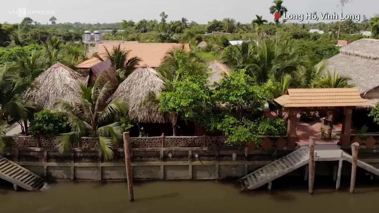Ngôi nhà làm từ 1.700 cây dừa
