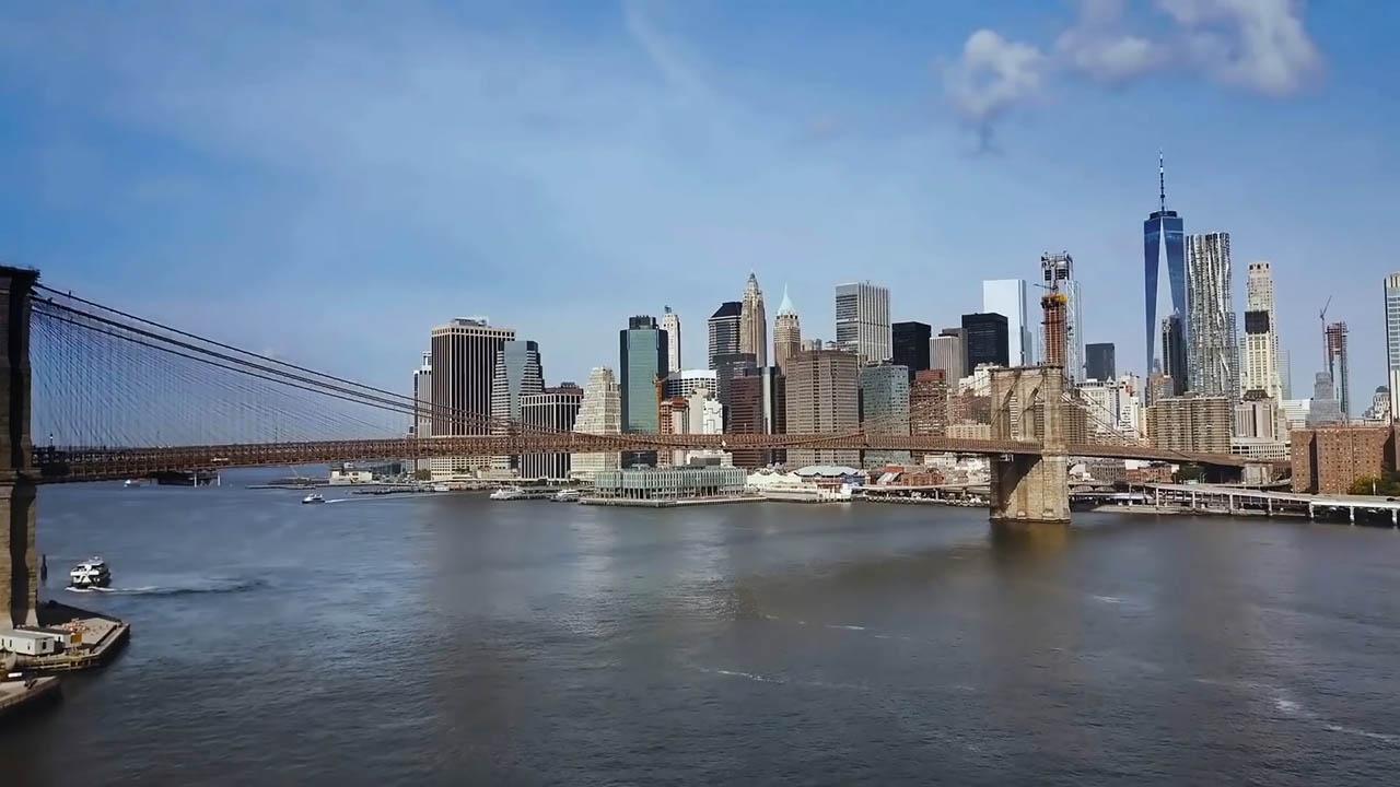 Chuyện về người phụ nữ kiên trì xây cầu Brooklyn nổi tiếng thế giới