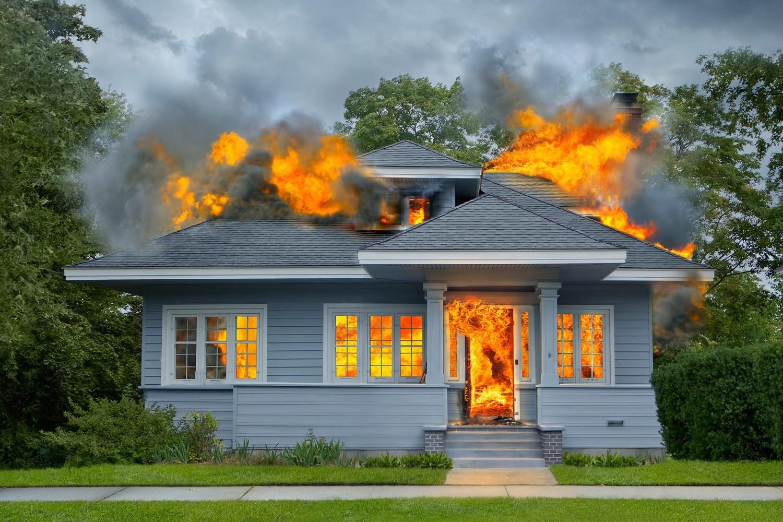 Trẻ nên làm gì khi có hỏa hoạn?