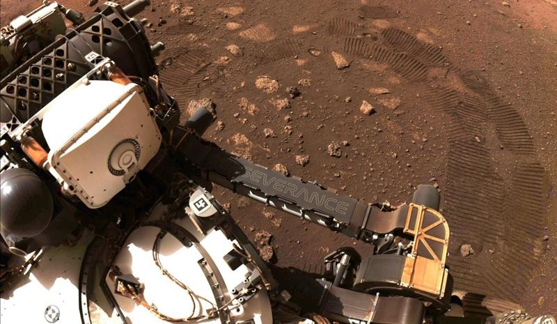 Bí ẩn lớn nhất của Hỏa Tinh sắp được robot của NASA giải mã